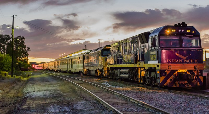 The Indian Pacific stopping at Broken Hill Station in New South Wales. Photo by Simon Yeo, used under Creative Commons.